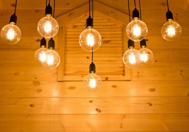 Cómo decorar tu piso con bombillas decorativas